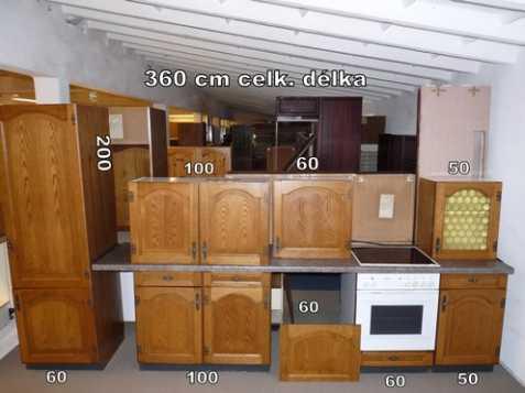 Rustikální rovná kuchyně 360 cm